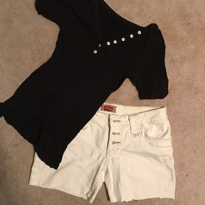 Outfit bundle! Shorts and top!